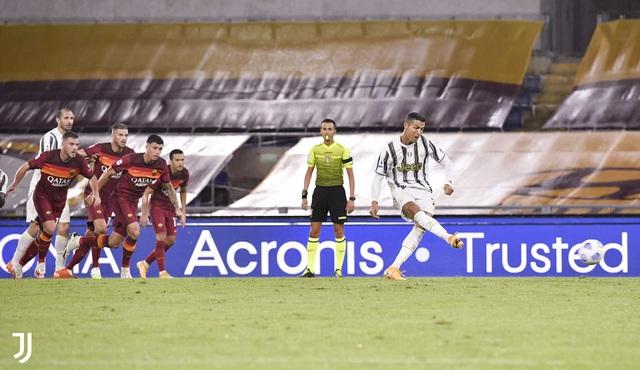 Roma 2-2 Juventus: Ronaldo lập cú đúp, Juventus ngược dòng trong thế thiếu người - Ảnh 2.