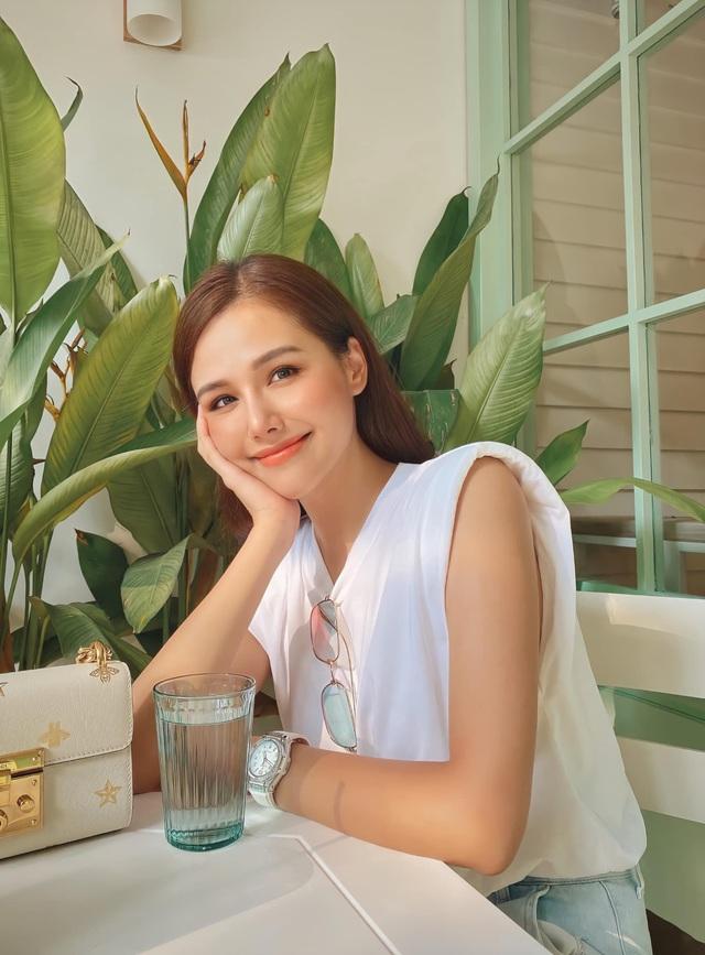 Cuộc sống thảnh thơi, sang chảnh của Phanh Lee sau kết hôn - Ảnh 4.