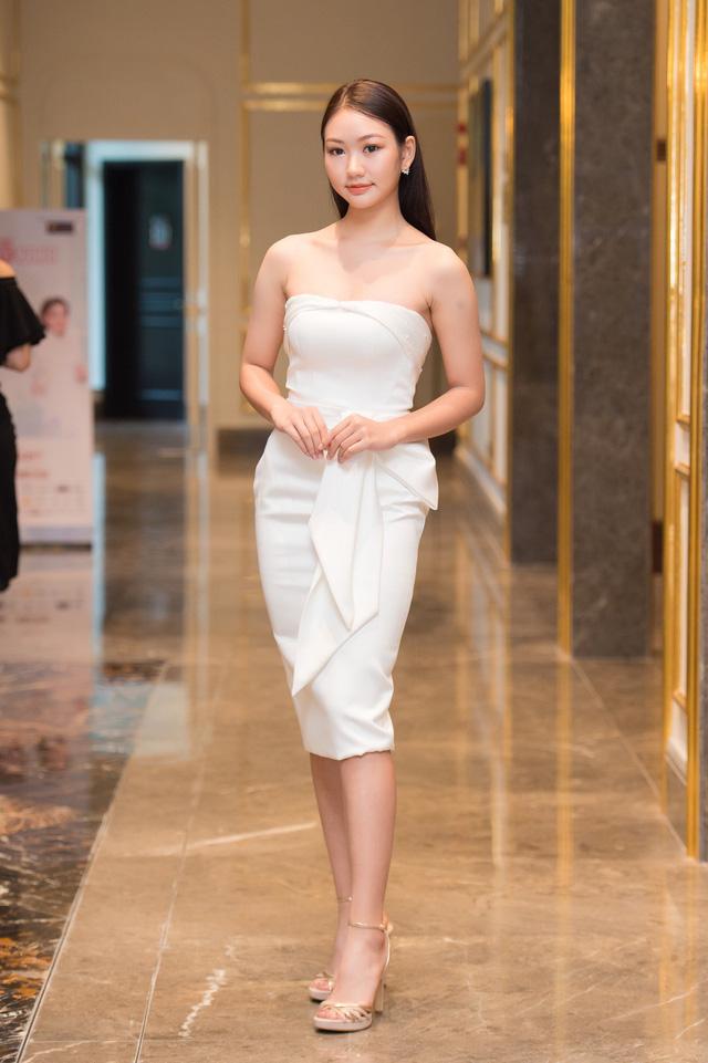 Dàn thí sinh 2k2 nổi bật tại Sơ khảo phía Bắc Hoa hậu Việt Nam 2020 - Ảnh 8.