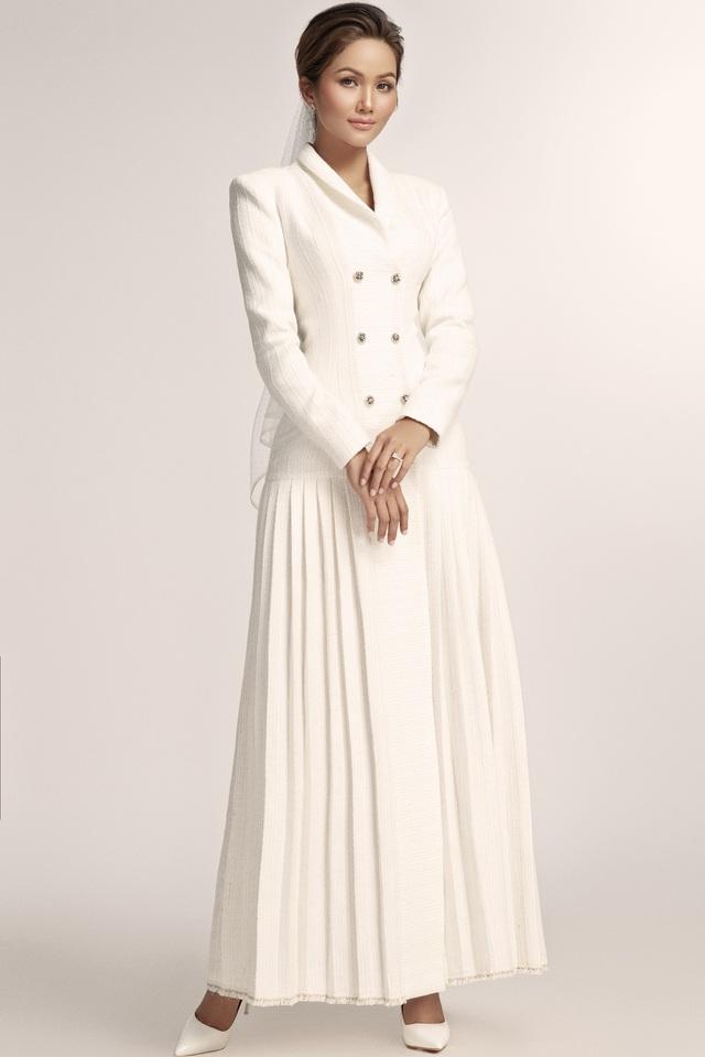 Diện váy cưới xuyên thấu, cô dâu HHen Niê vẫn rất thanh lịch - Ảnh 8.