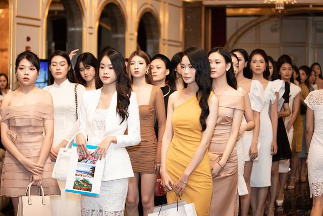 Dàn thí sinh 2k2 nổi bật tại Sơ khảo phía Bắc Hoa hậu Việt Nam 2020 - Ảnh 14.