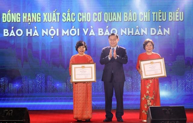 Hà Nội trao thưởng 2 giải báo chí về xây dựng Đảng và phát triển văn hóa - Ảnh 3.