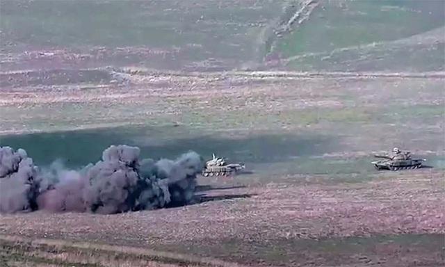 Xung đột vũ trang Armenia - Azerbaijan khiến cộng đồng quốc tế lo ngại - Ảnh 2.