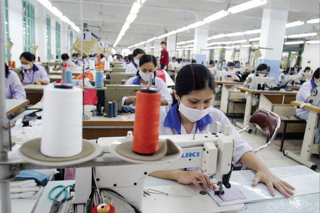 Bất chấp dịch COVID-19, kinh tế Việt Nam vẫn tăng trưởng dương trong năm 2020 - Ảnh 1.