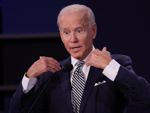 Joe Biden chỉ trích Tổng thống Trump về sự chậm trễ ứng phó với đại dịch COVID-19 - Ảnh 2.