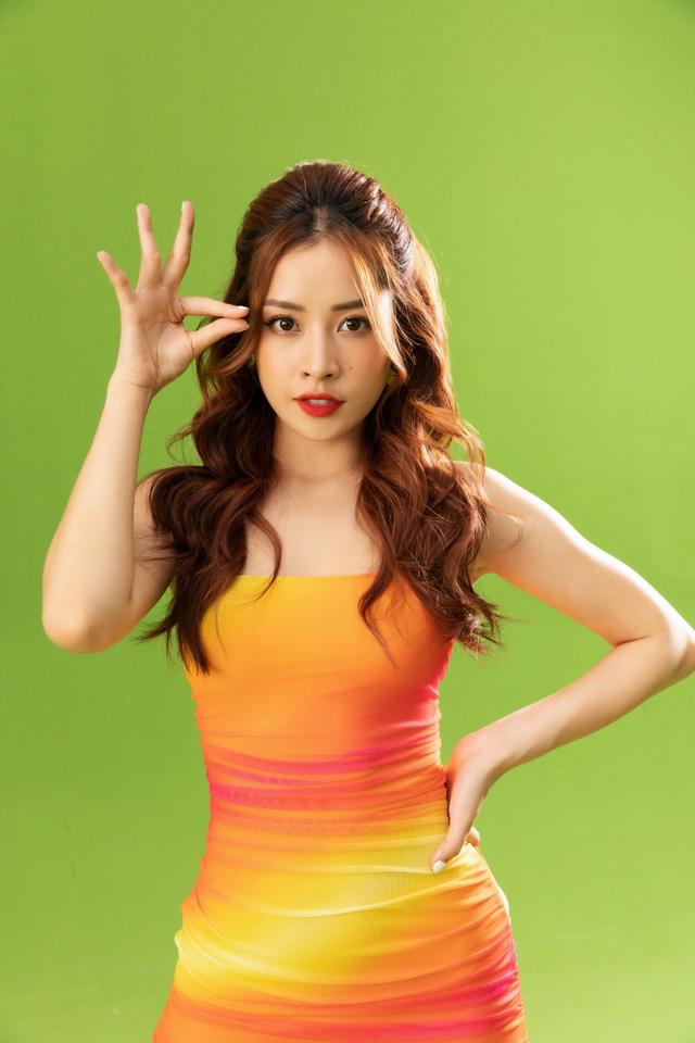 Chi Pu ra mắt MV mới, bất ngờ chỉ sử dụng phông nền xanh - Ảnh 2.