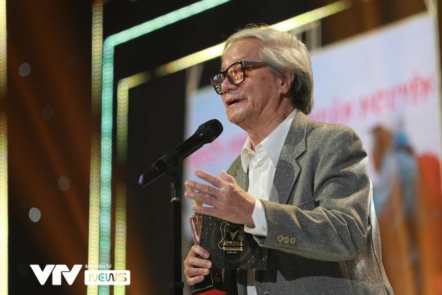 Những khoảnh khắc xúc động trong Lễ trao giải VTV Awards 2020 - Ảnh 2.