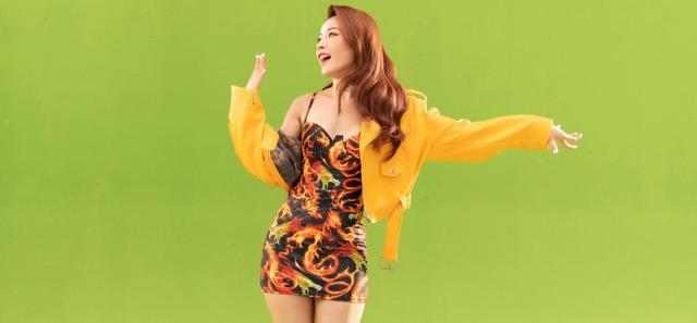 Chi Pu ra mắt MV mới, bất ngờ chỉ sử dụng phông nền xanh - Ảnh 3.
