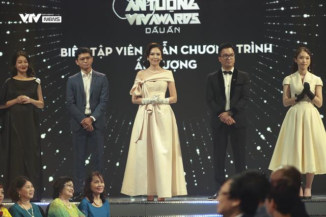 VTV Awards 2020: 50 năm VTV như một thước phim được tua lại đầy sinh động và cảm xúc - Ảnh 1.