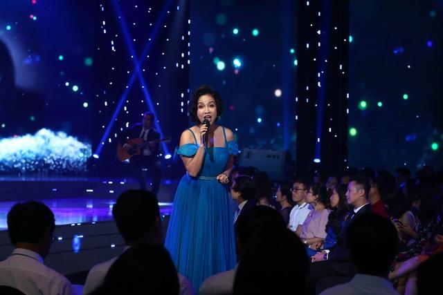Lắng đọng với tiết mục của Mỹ Linh - Tùng Dương tại VTV Awards 2020 - Ảnh 7.