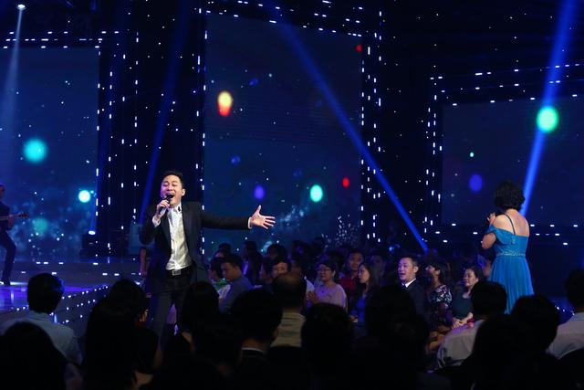 Lắng đọng với tiết mục của Mỹ Linh - Tùng Dương tại VTV Awards 2020 - Ảnh 8.