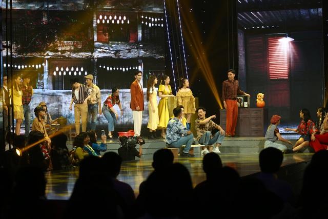Dàn diễn viên Nhà trọ Balanha khuấy động sân khấu VTV Awards 2020 - Ảnh 1.