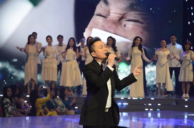 Lắng đọng với tiết mục của Mỹ Linh - Tùng Dương tại VTV Awards 2020 - Ảnh 5.