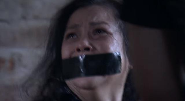 Lựa chọn số phận - Tập 56: Mẹ Cường bị bắt cóc, đánh đập dã man - Ảnh 1.