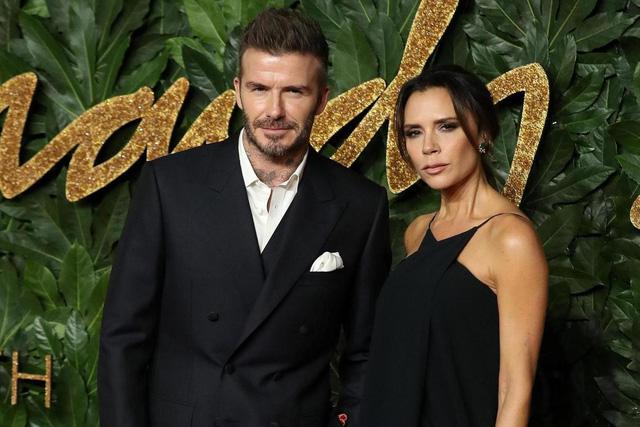 Vợ chồng David Beckham giấu kín việc nhiễm COVID-19 - Ảnh 1.