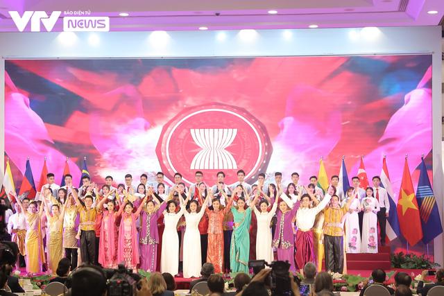 [ẢNH] Khai mạc trọng thể Đại hội đồng AIPA lần thứ 41 - Ảnh 9.