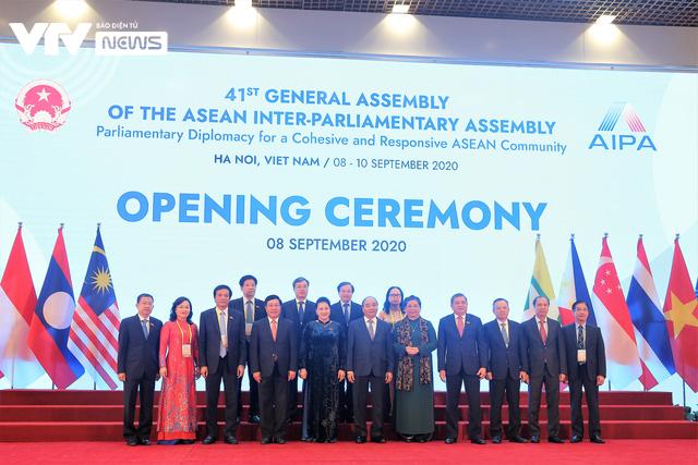[ẢNH] Khai mạc trọng thể Đại hội đồng AIPA lần thứ 41 - Ảnh 6.