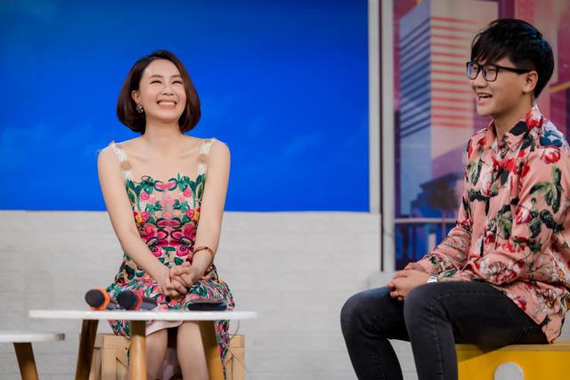 Cười té ghế với màn hoán đổi vai diễn của Hồng Diễm - Xuân Nghị - Ảnh 4.