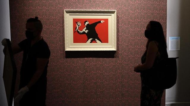 """Kỳ lạ, Italy triển lãm hơn 100 tác phẩm """"vẽ bậy"""" - Ảnh 2."""