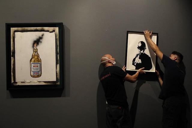 """Kỳ lạ, Italy triển lãm hơn 100 tác phẩm """"vẽ bậy"""" - ảnh 1"""