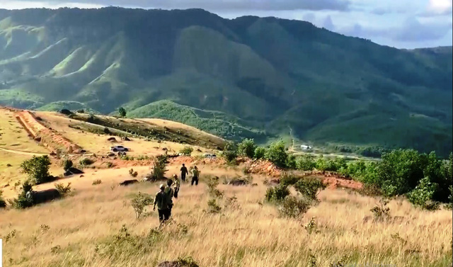 Nhức nhối cuộc chiến với lâm tặc bóng đêm tại rừng Krong Pa, Gia Lai - Ảnh 4.
