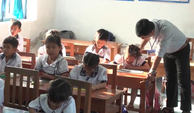 Những bước tiến dài từ vùng trũng giáo dục - Ảnh 3.