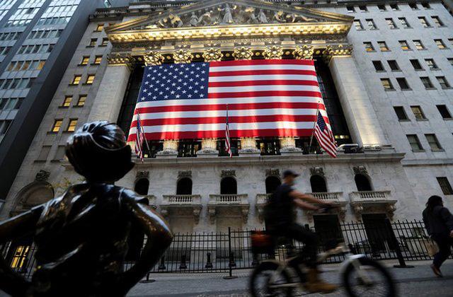 Nhà đầu tư Mỹ gặp khó vì doanh nghiệp Trung Quốc bị hủy niêm yết - Ảnh 2.