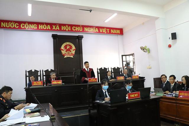 Hoãn phiên tòa xử Trịnh Sướng do 1 bị cáo có giấy chứng nhận tâm thần - Ảnh 1.