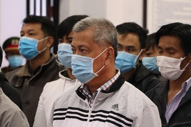 Hoãn phiên tòa xử Trịnh Sướng do 1 bị cáo có giấy chứng nhận tâm thần - Ảnh 2.