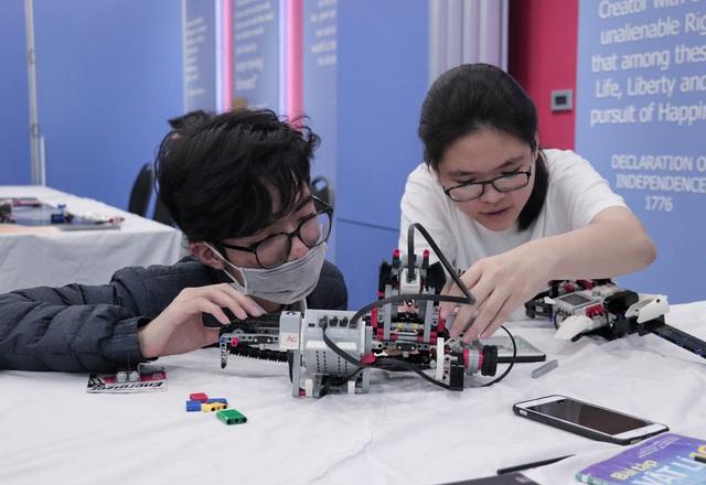 TechFair 2021 - Triển lãm khoa học hấp dẫn thu hút các bạn trẻ trên khắp địa bàn thành phố Hà Nội - Ảnh 3.