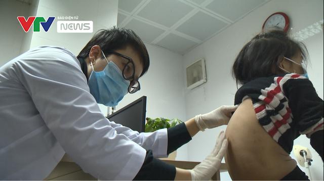 Sai lầm trong điều trị bệnh viêm da cơ địa - Ảnh 2.