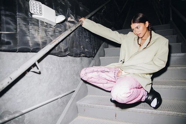 Zendaya siêu cá tính và hoạt náo trên GQ tháng 2 - Ảnh 10.