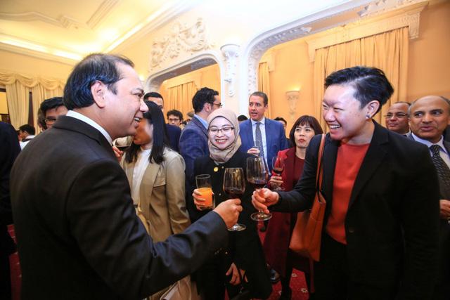 Năm 2020, Việt Nam thành công trên vai trò kép ở ASEAN và LHQ - Ảnh 2.