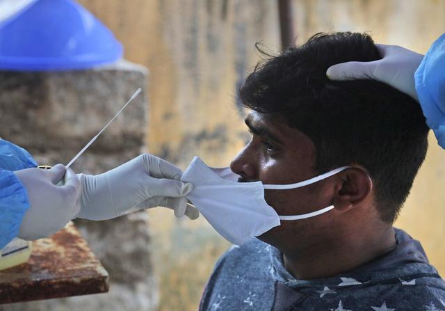 Hơn 93,3 triệu người nhiễm COVID-19 trên thế giới, dịch bệnh tại châu Á diễn biến phức tạp - ảnh 1