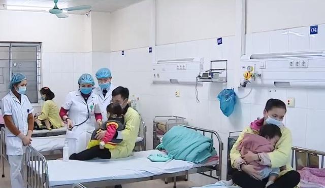 Hưởng 100% BHYT,  bệnh nhân vượt tuyến lên tỉnh, thành phố tăng 10% - Ảnh 1.