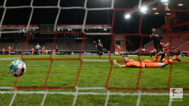 Union Berlin 1-0 Bayer Leverkusen: Người hùng từ băng ghế dự bị! - Ảnh 3.