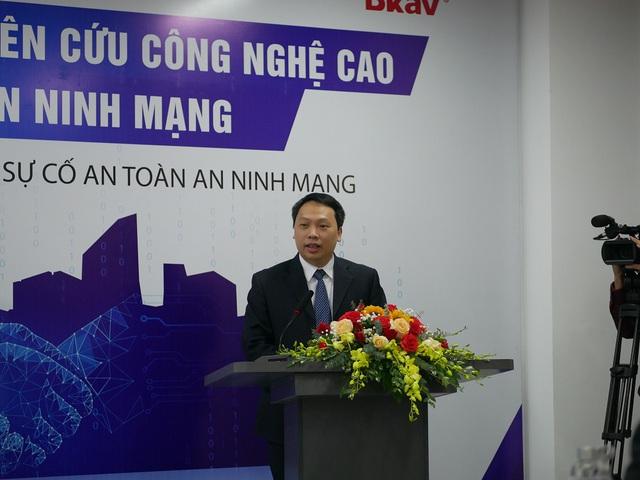 Bkav và ĐH Bách khoa Hà Nội hợp tác đào tạo chuyên gia an ninh mạng - Ảnh 1.