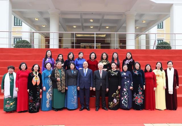 ẢNH: Tổng Bí thư, Chủ tịch nước Nguyễn Phú Trọng và các đại biểu dự Hội nghị Trung ương 15 - Ảnh 1.