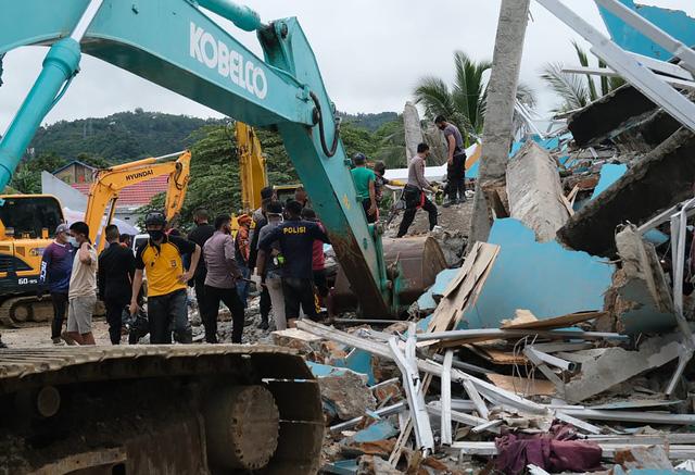 Động đất tại Indonesia: Số nạn nhân thiệt mạng tăng lên 56, hàng nghìn người bị mất nhà cửa - Ảnh 2.