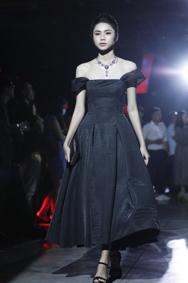 Đô thị đảo Phượng Hoàng là cảm hứng cho bộ sưu tập thời trang - Ảnh 3.