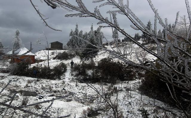 Miền Bắc đón không khí lạnh mới, dự báo có mưa tuyết - Ảnh 1.