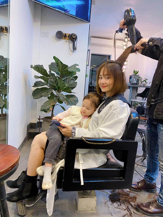 Lan Phương khoe cắt tóc mới đón Tết - Ảnh 1.