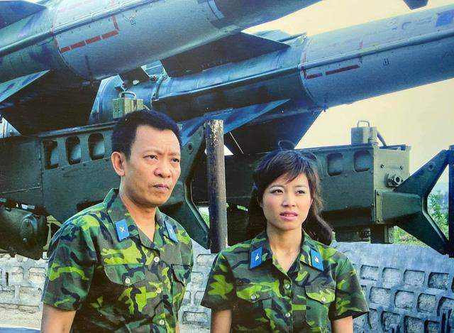 MC Hoàng Linh rưng rưng chia sẻ về cuộc tình 15 năm - Ảnh 2.