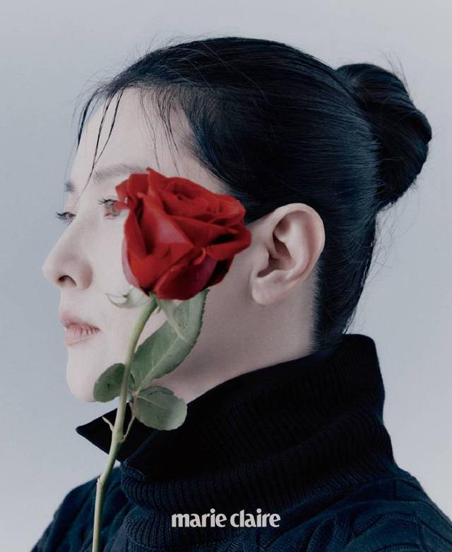 Sắc vóc đẹp khó tin của nàng Dae Jang Geum ở tuổi 50 - Ảnh 2.