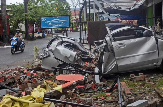 Động đất ở Sulawesi, Indonesia cướp đi sinh mạng của 81 nạn nhân, làm gần 800 người bị thương - Ảnh 2.