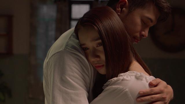 Song song tung trailer chính thức, Trương Thế Vinh ăn trọn cú tát của Nhã Phương - Ảnh 1.