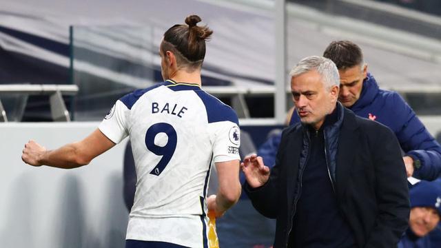 HLV Mourinho không hài lòng với Bale - Ảnh 2.