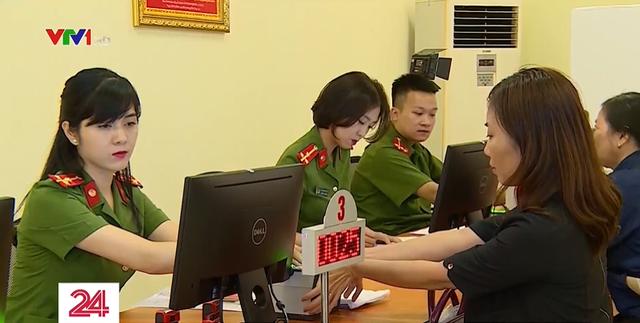 Hà Nội đẩy nhanh tiến độ cấp căn cước công dân gắn chip - Ảnh 2.