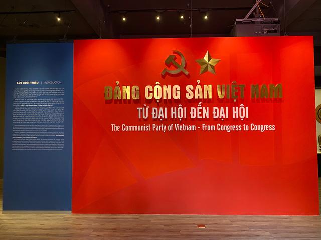 Triển lãm trưng bày chuyên đề Đảng Cộng Sản Việt Nam - Từ Đại Hội đến Đại Hội:  200 tài liệu, hiện vật phong phú - Ảnh 3.