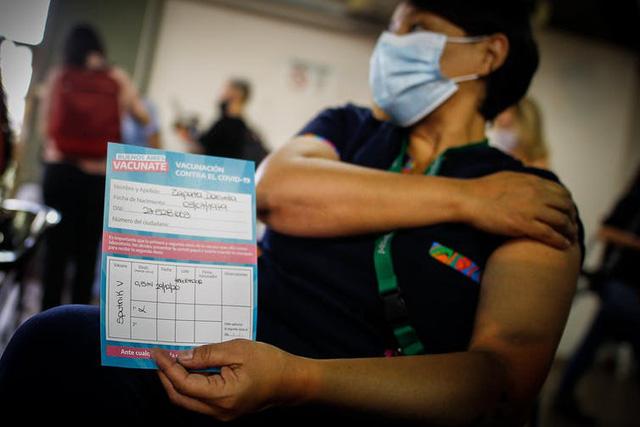Gập ghềnh con đường tiếp cận vaccine COVID-19 của các nước có thu nhập thấp - Ảnh 5.